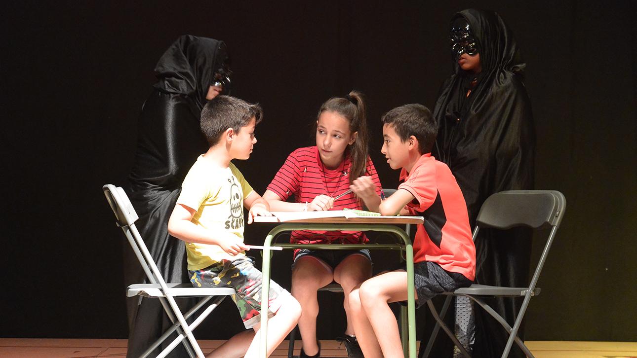 Niños-teatro.Programa_En_Sus_Zapatos_ceipAulaIII